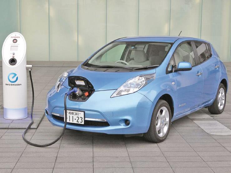 مختلفة تمامًا.. كيفية صيانة السيارات الكهربائية؟