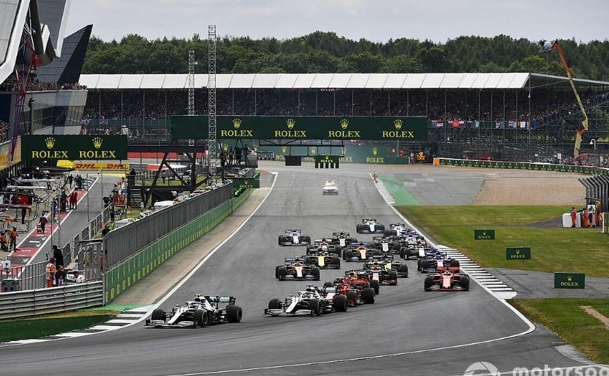 """سيلفرستون """"منفتحة تمامًا"""" على سباق فورمولا واحد من دون جمهور"""