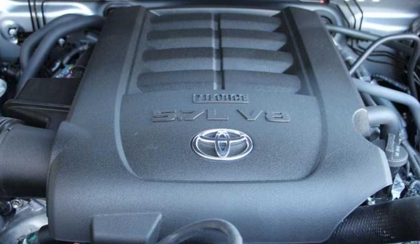 تويوتا ستوقف إنتاج محركات V8 للاندكروزر وتندرا