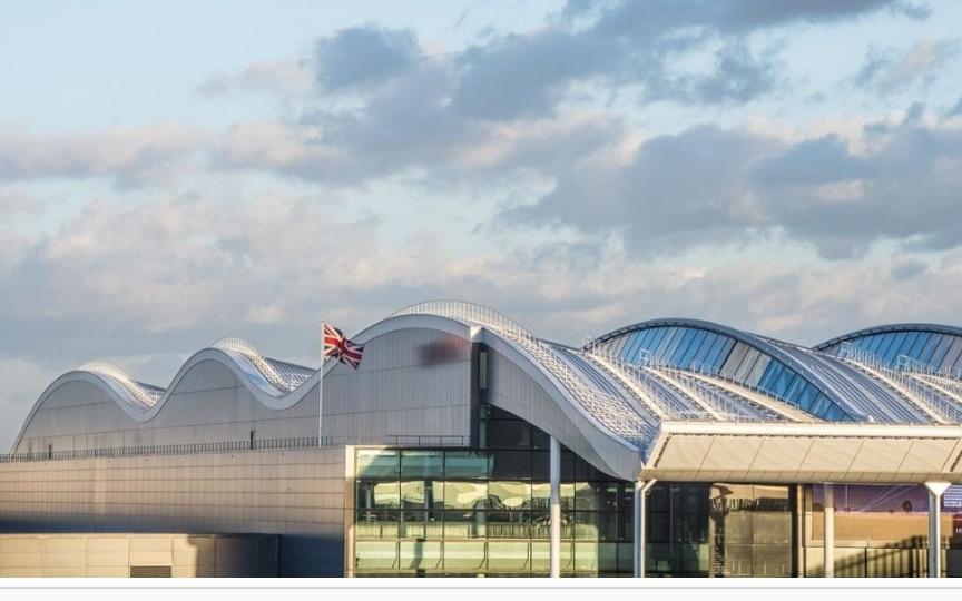 مطار هيثرو يستعد لعودة رحلات الطيران