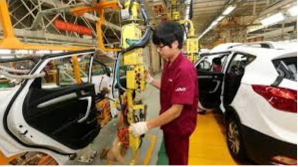 مبيعات السيارات في الصين تتعافى من أزمة جائحة كورونا