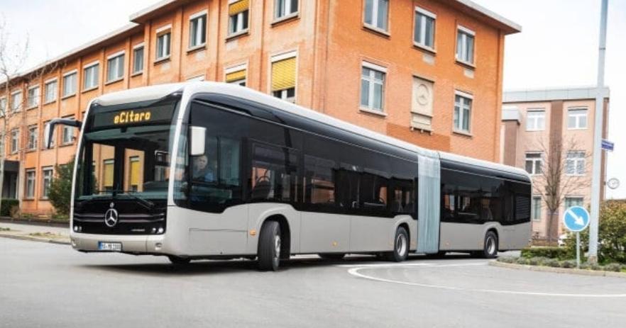 مرسيدس بنز تطلقة حافة نقل الركاب العامة المفصلية (eCitaro G) الكهربائية