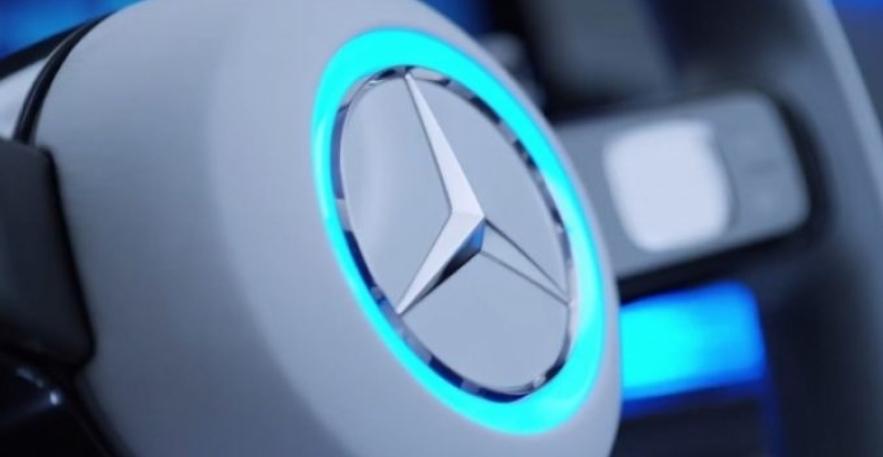 مرسيدس تتعاون مع شركة صينية لانتاج بطاريات السيارات الكهربائية