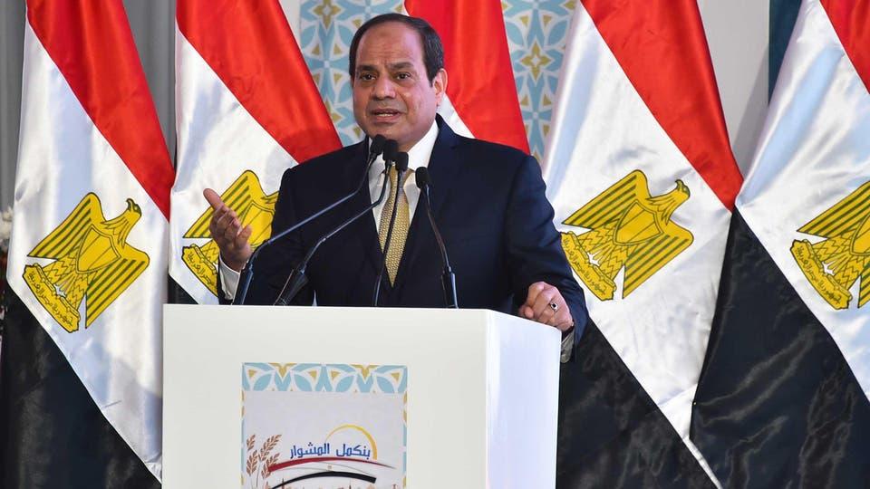 الرئيس عبد الفتاح السيسي ...تحويل السيارات للغاز الطبيعى ضرورة للتوفير والحفاظ على البيئة