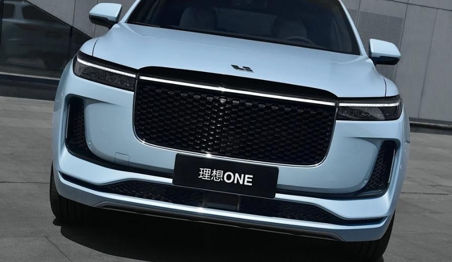 BCT الصينيه تقدم Li Xiang One  2020 بنظام هجيني وبمدى 700 كلم