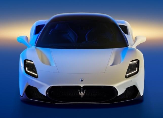 مازيراتي تطلق سيارة MC20 الرياضية الخارقة الجديدة