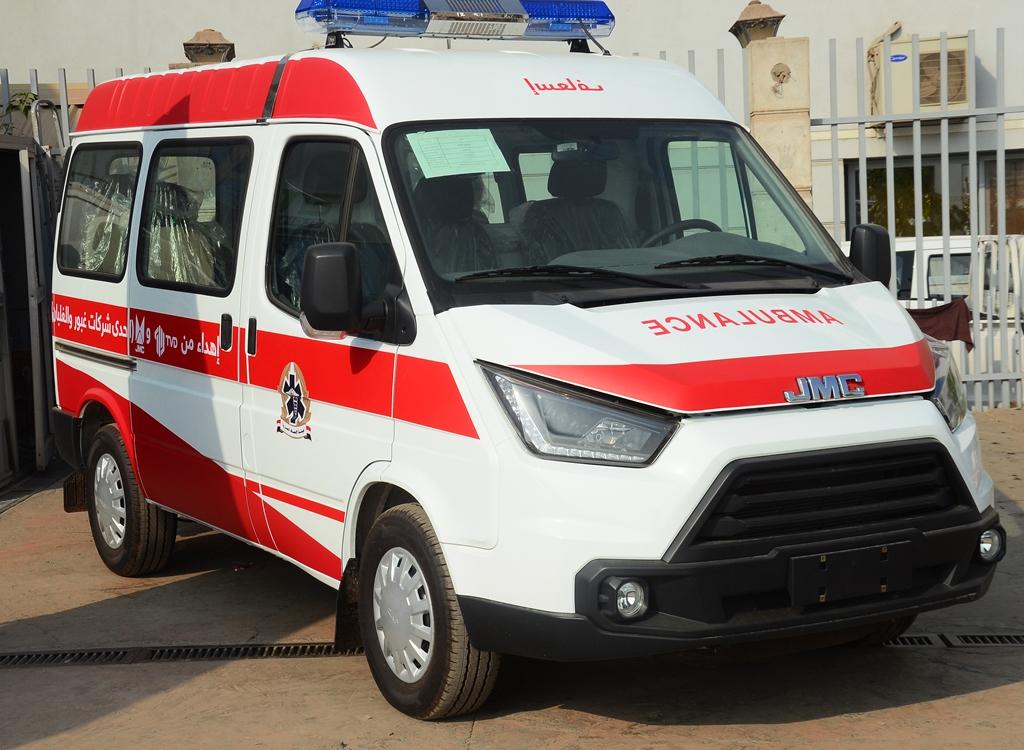 """جي ام سي موتورز العالمية"""" وشركة توزيع وسائل النقل TVD  تتبرعان بسيارة إسعاف متطورة لهيئة الإسعاف"""