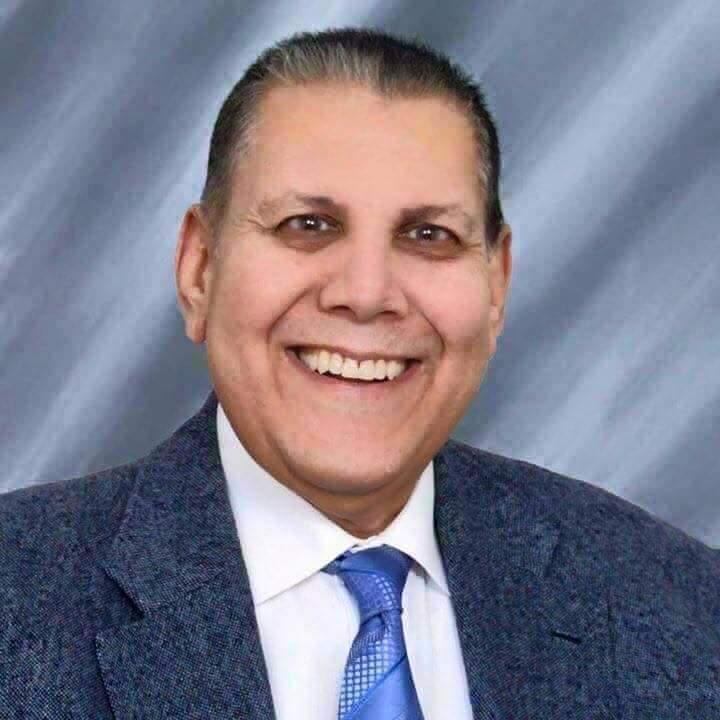 رحل عنا شيخ البياعين ...احمد خليل
