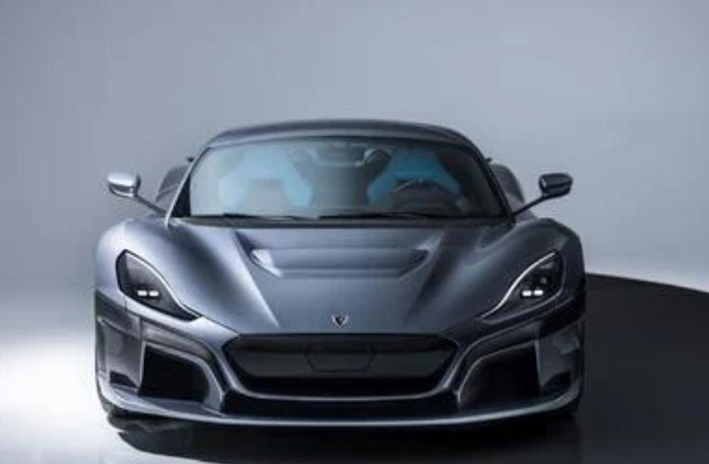 ريماك تنشر فيديو لتحطيم سيارتين بقيمة 20 مليون ريال عمداً