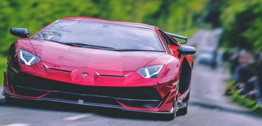 الأول بين صانعي السيارات: لامبورغيني تنشأ حساب على تيك توك