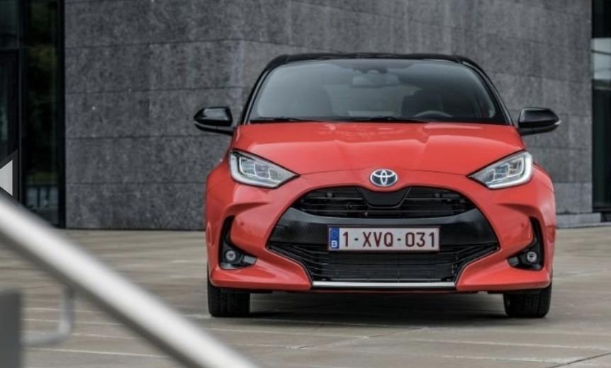 تويوتا يارس تحصل على لقب سيارة العام بأوروبا لعام 2021