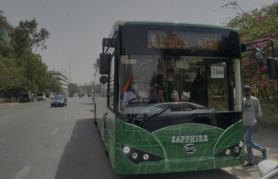 250 حافلة  كهربائية تدخل الخدمة في ست مقاطعات  في باكستان