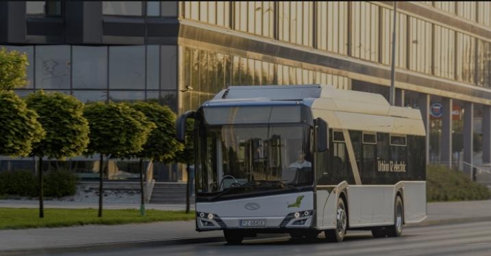 حافلة سولارس  تسيطر على سوق الحافلات  الكهربائية في بولندا وشرق أوروبا