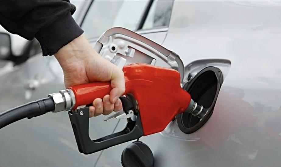 علامات اختلاط البنزين بالماء في السيارة وكيفية التخلص منه