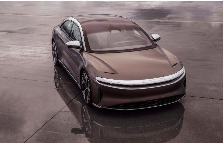 السعوديون يلعبونها صح.. لوسيد ستبدأ تصنيع سياراتها في السعودية في 2024