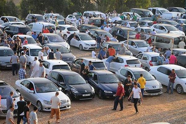 حركة بيع السيارات المستعملة تتزايد ... والعملاء يؤكدون ان الاسعار  تتناسب تماما مع انخفاض بعض الموديلات ومنها الاوربــــــــــــــــى
