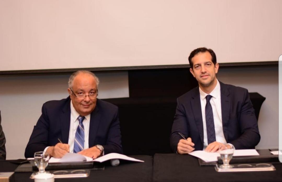 توتال إيجيبت توقع اتفاقية شراكة مع دايناميكس للتوزيع لتوريد زيوت محركات سيارات فيات وفيات بروفيشنال وألفا روميو