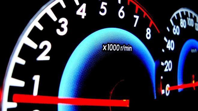 """تعرف على مهام مُحدد عدد اللفات """"RPM"""" وكيفية حمايته للمحرك من الأعطال"""