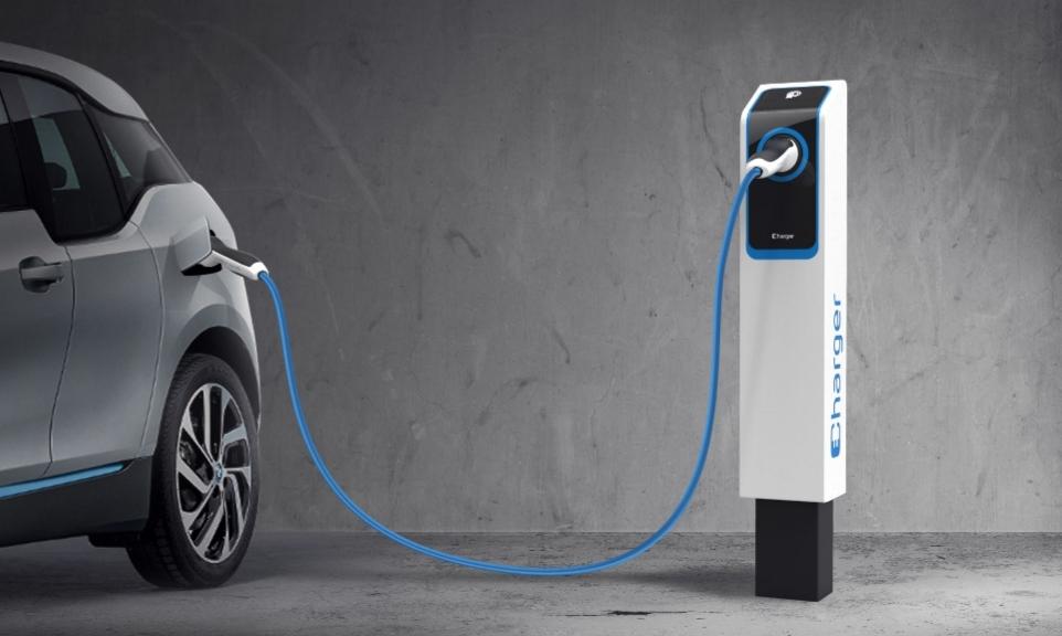شركة تطوّر تقنية تشحن السيارات الكهربائية في 6 دقائق!