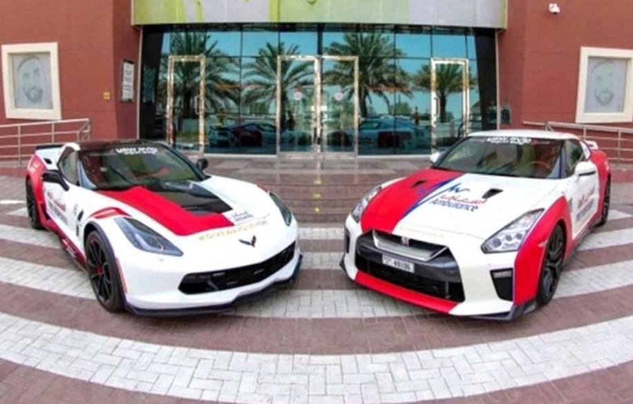 خدمة إسعاف كوكب  دبي تضيف نيسان GT-R وكورفيت C7 لأسطولها