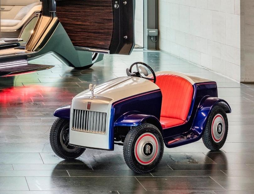هذه هي أصغر سيارة رولزرويس في العالم
